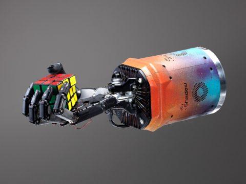 openai-teaches-robot-hand-to-solve-rubik's-cube
