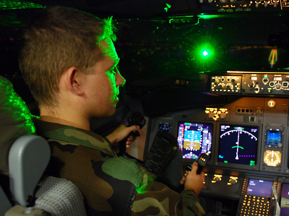 how-to-protect-pilots-from-laser-pointer-attacks