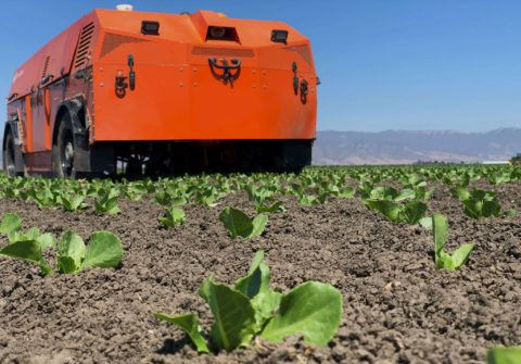 this-startup-is-building-giant-robots-to-grow-our-food