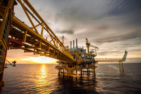 new-cleaning-solution-from-holdtight-proves-popular-in-oil-and-gas-sector