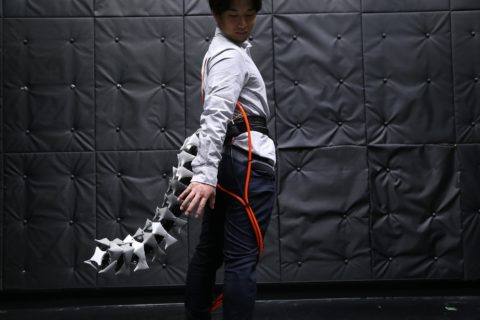 video-friday:-this-wearable-robotic-tail-will-improve-your-balance