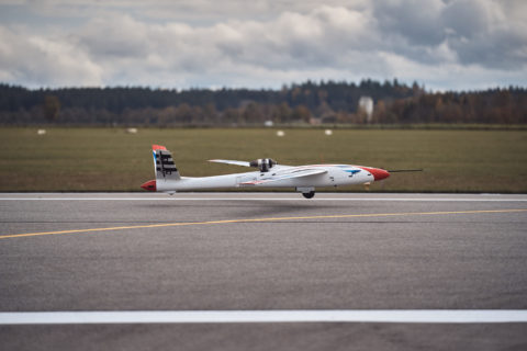 successful-test-flight-for-novel-new-wing