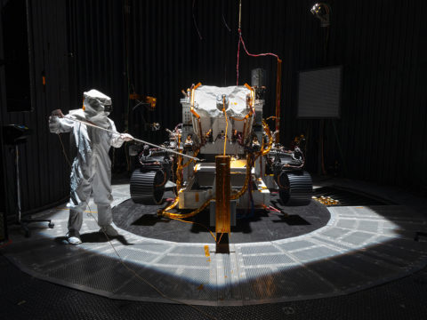 4-missions-will-search-the-martian-atmosphere-and-soil-for-signs-of-life