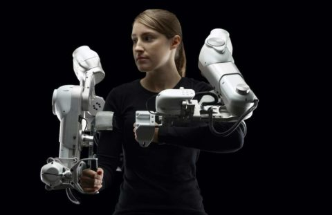 exoskeleton-helps-arm-based-physical-therapy