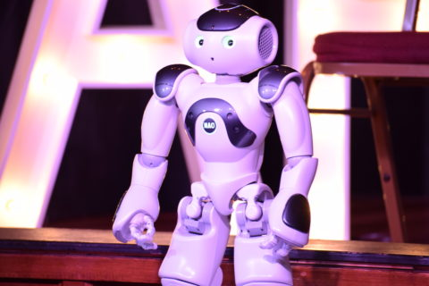 what's-the-deal-with-robot-comedy?