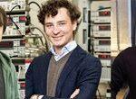 graphene-based-superlattice-plays-host-to-new-family-of-quasiparticles
