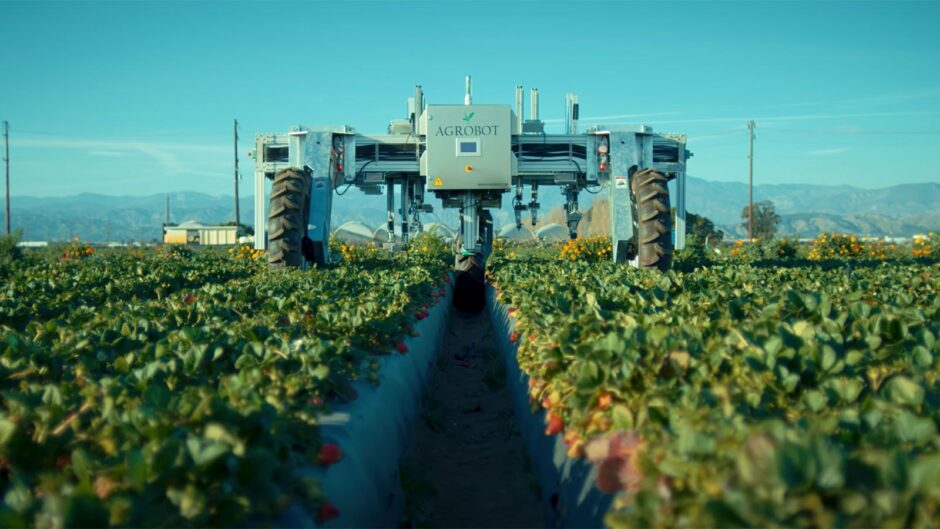 self-driving-tractors,-robot-apple-pickers:-witness-the-high-tech-future-of-farming