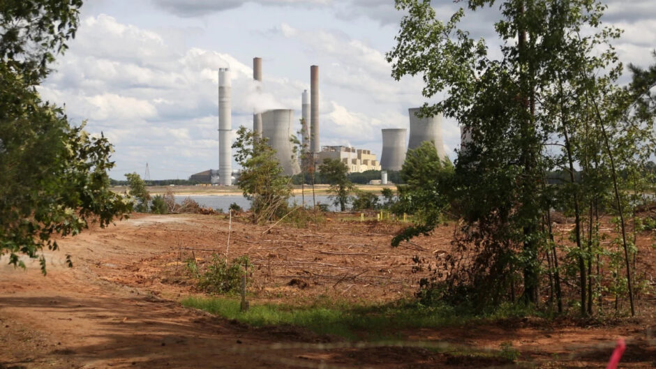 a-power-company's-quiet-land-buying-spree-could-shield-it-from-coal-ash-cleanup-costs