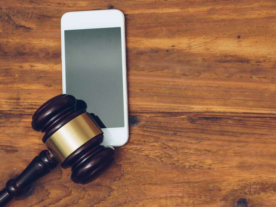 5g-cellular-spectrum-auction—can't-tell-the-players-without-a-scorecard