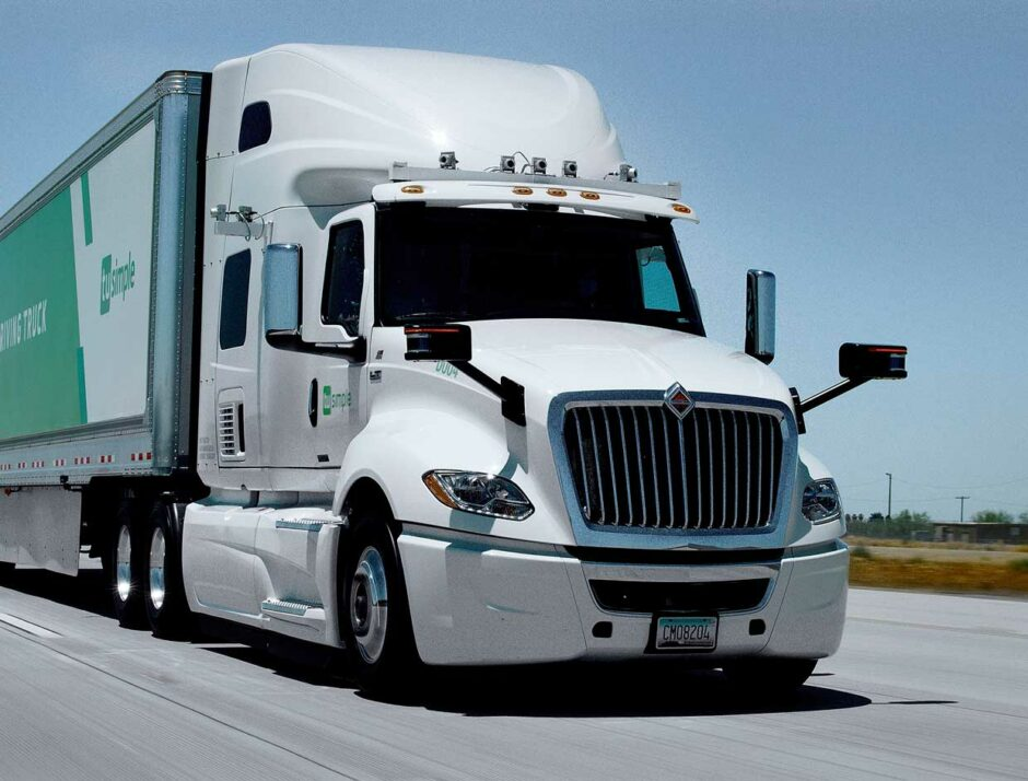 this-year,-autonomous-trucks-will-take-to-the-road-with-no-one-on-board