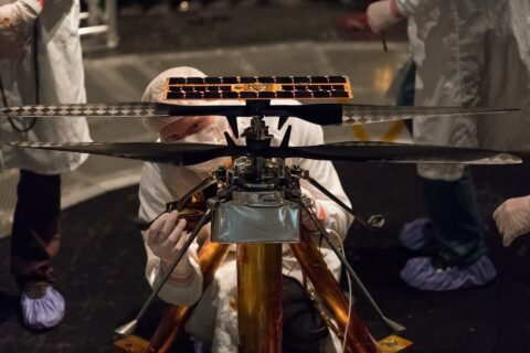 how-nasa-designed-a-helicopter-that-could-fly-autonomously-on-mars