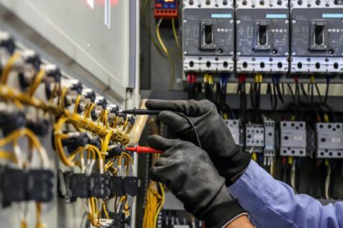 manufacturers-sleepwalking-into-energy-resilience-crisis-warns-siemens