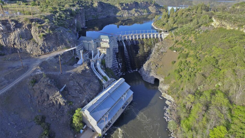 a-dam-good-example-of-collaboration-on-california-water-issues