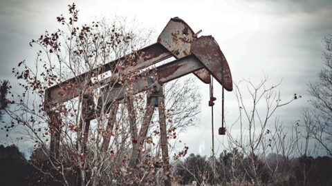 dying-oil-companies'-parting-gift:-millions-in-cleanup-costs