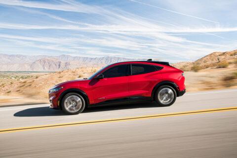 2021's-top-ten-tech-cars:-ford-mustang-mach-e