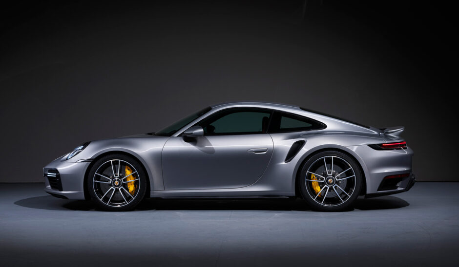 2021's-top-ten-tech-cars:-porsche-911-turbo-s