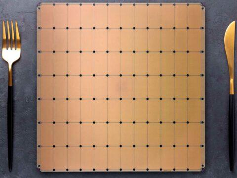 cerebras'-new-monster-ai-chip-adds-1.4-trillion-transistors