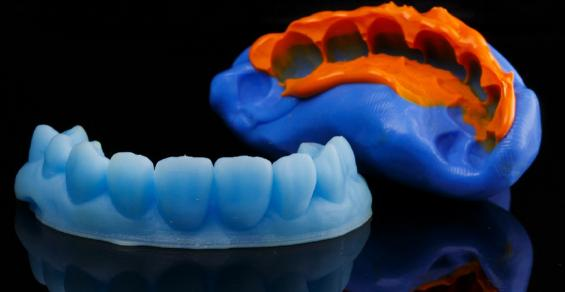 my-dentist-loves-3d-printing–it's-fast,-accurate,-and-cheap