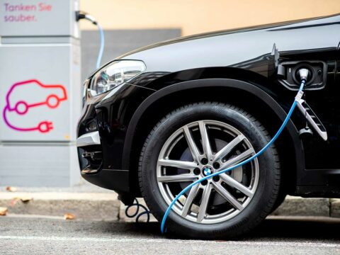 what-you-need-to-know-about-charging-before-you-buy-an-ev