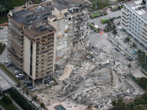 why-robots-can't-be-counted-on-to-find-survivors-in-the-florida-building-collapse
