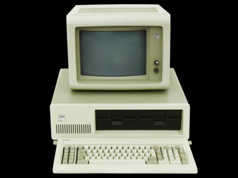how-the-ibm-pc-won,-then-lost,-the-personal-computer-market
