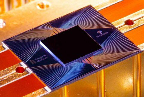 google's-quantum-computer-exponentially-suppresses-errors