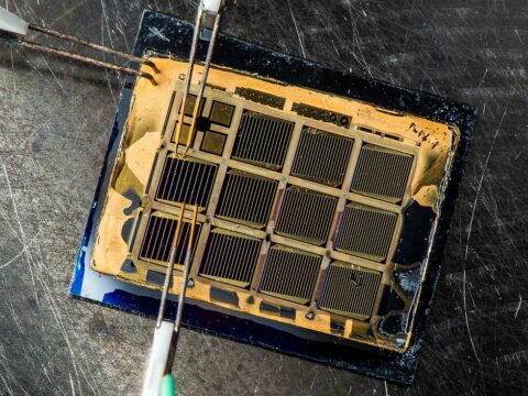 high-efficiency-solar-cells-power-satellites—can-they-come-down-to-earth?