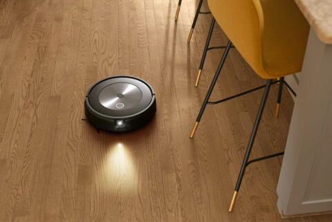 with-new-roomba-j7,-irobot-wants-to-understand-our-homes