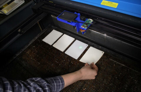 smart-laser-cutter-system-detects-different-materials