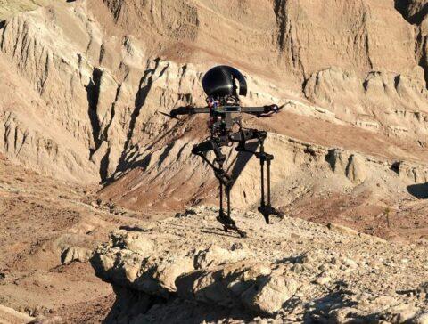 caltech's-leo-flying-biped-can-skateboard-and-slackline